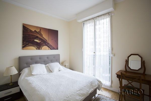 location temporaire t4 monceau paris 8e habeo. Black Bedroom Furniture Sets. Home Design Ideas