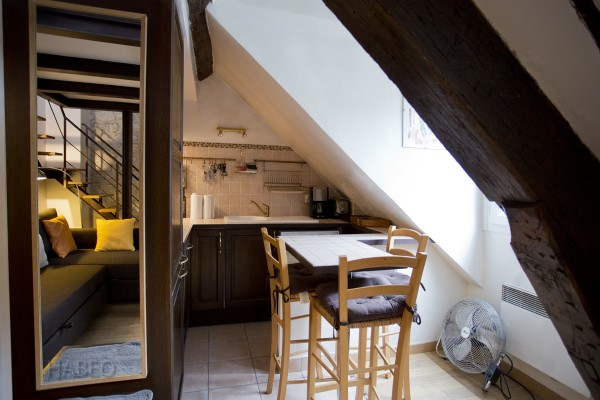 location temporaire studio meubl palais royal paris 2e habeo. Black Bedroom Furniture Sets. Home Design Ideas